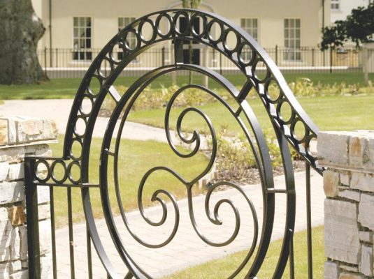bespoke-iron-gates