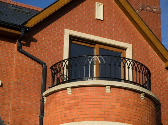 gothic-balconies