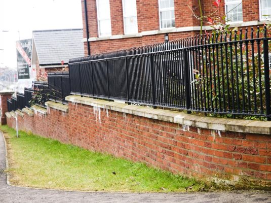 Iron Fence Mullagbouy