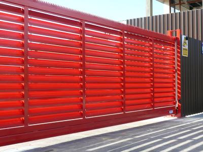 c-red-gates-010