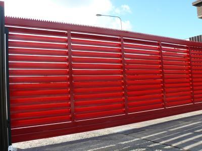 c-red-gates-011