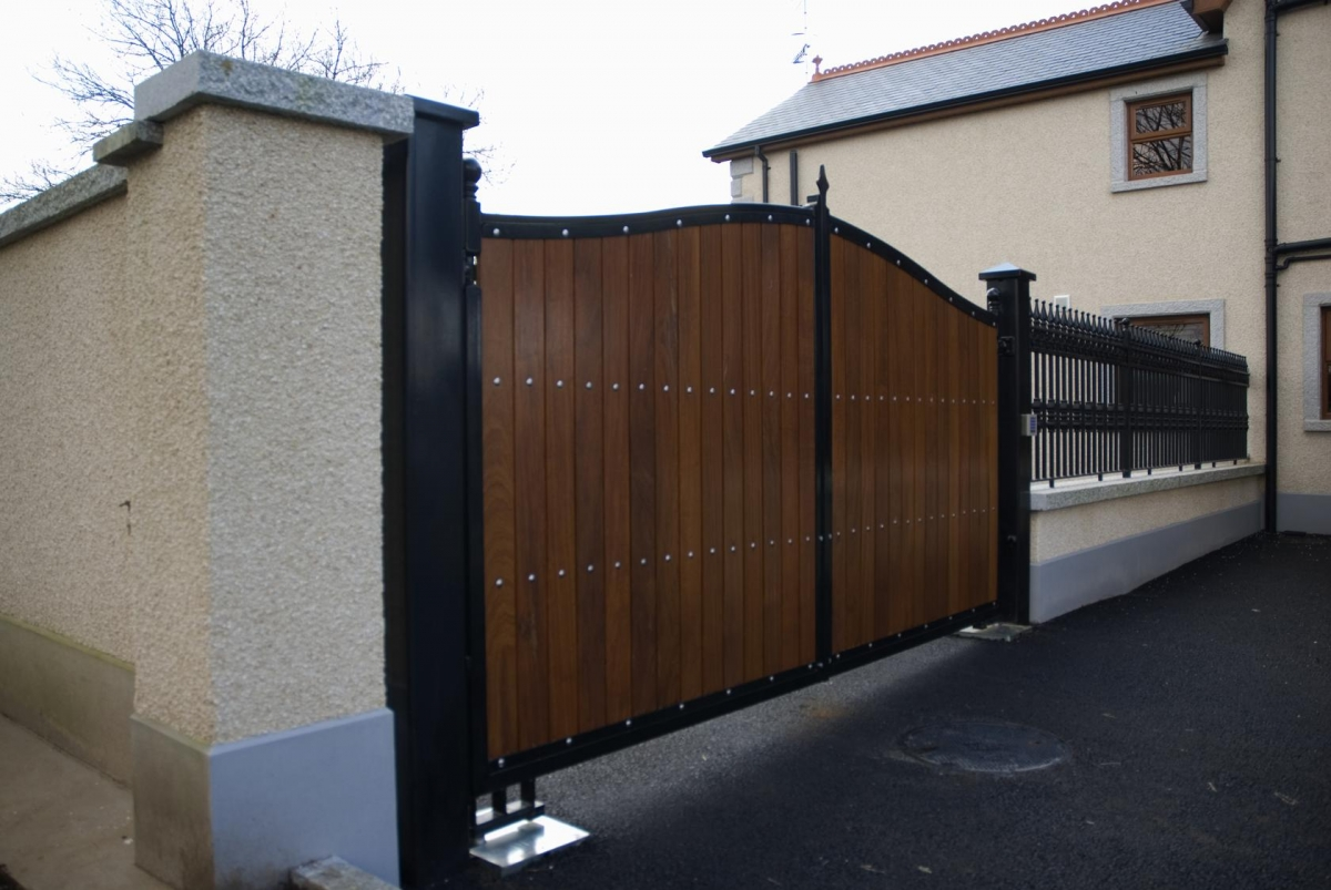 Complete Wrought Iron Package Entrance Gates With Use Of