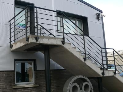 commercial-railings-009