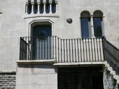 commercial-railings-020