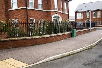 commercial-railings-029