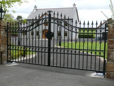 domestic-gates-050