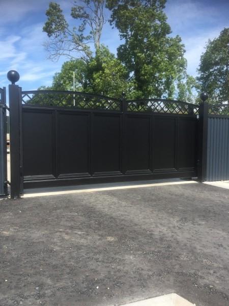 gates-blk-0003