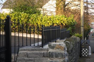 domestic-railings-038