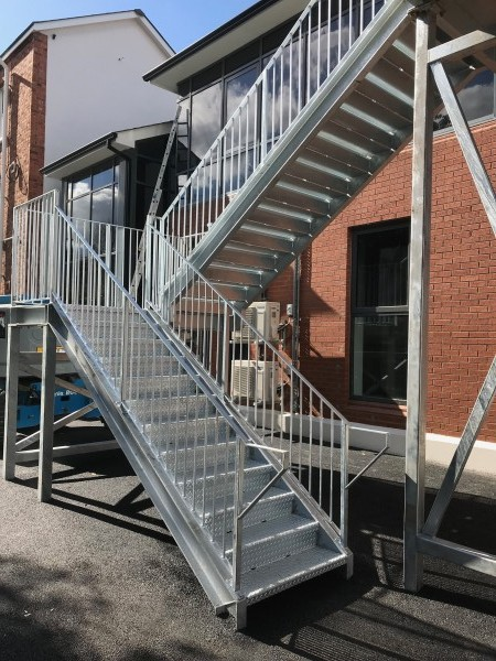 cancer-centre-belfast-fire-escape-03