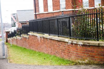 iron-fence-mullagbouy-002