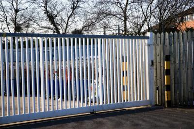cantilever-gates-005