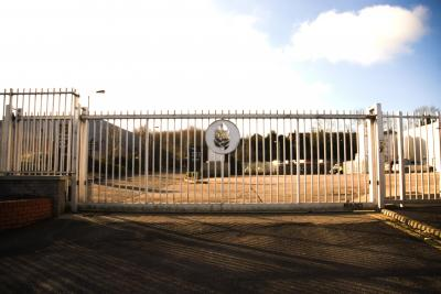 cantilever-gates-009