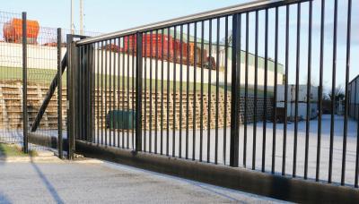 cantilever-gates-011