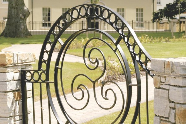 bespoke-iron-gates-002