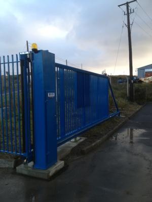 c-gates-blue-post-005