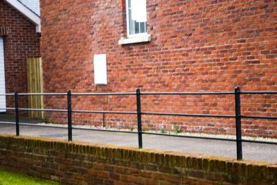commercial-railings-031
