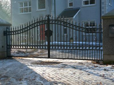 domestic-gates-034