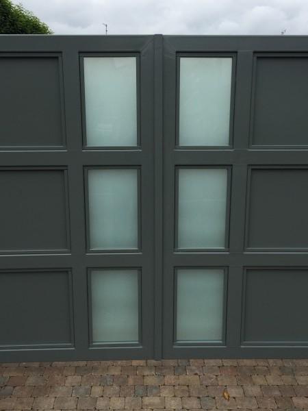 gates-grey-glass-02