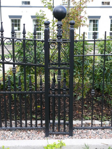 dom-gate-pillars-008
